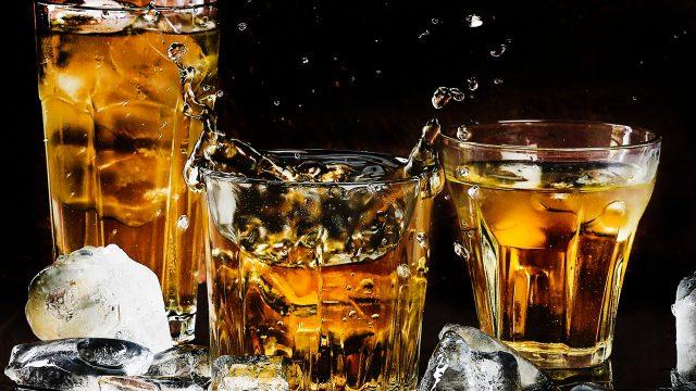 el alcohol mata neuronas